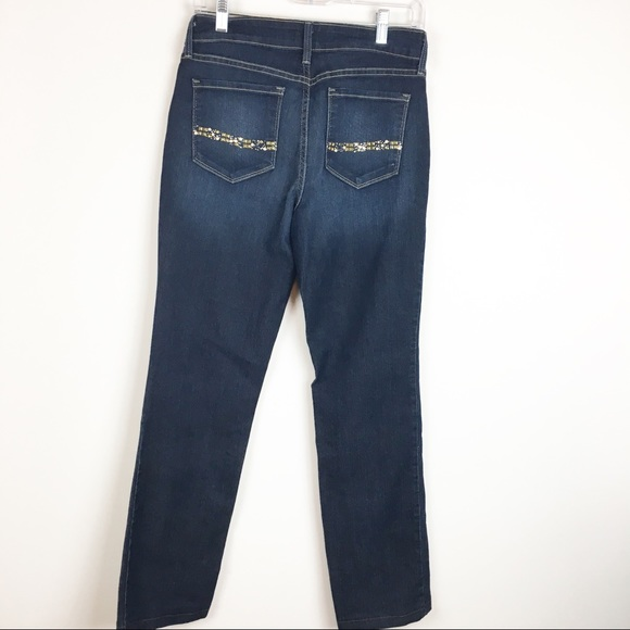 NYDJ Denim - NYDJ Marilyn Straight Jeans Size 6 Back pocket gem